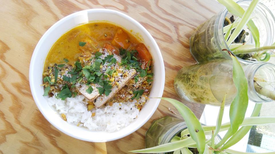 Petite nature restaurant rennes yoga bowl healthyfood