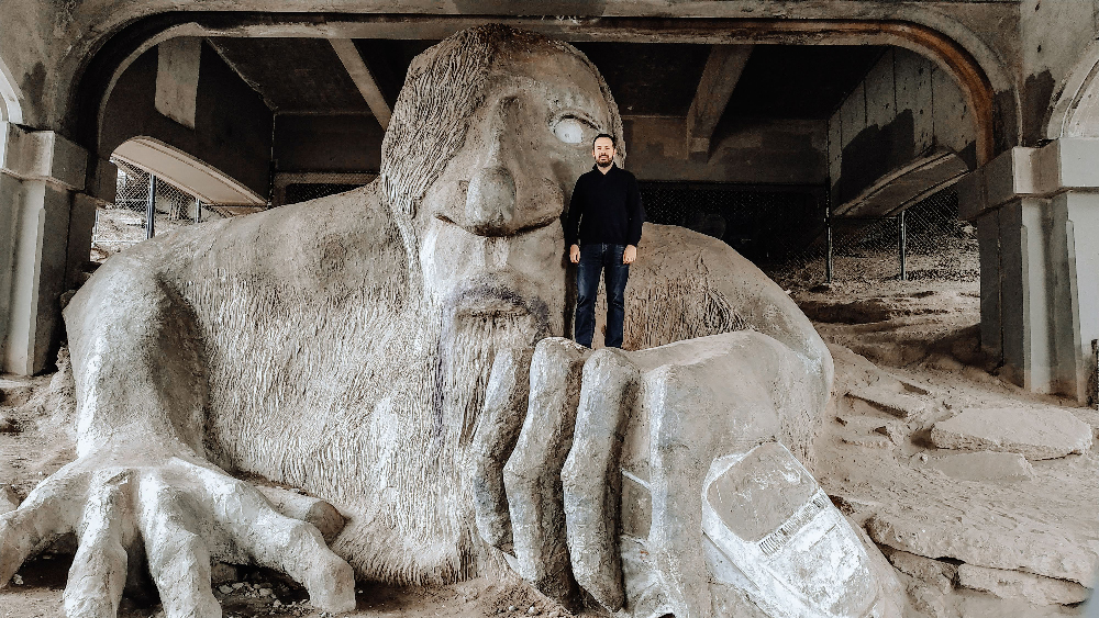fremont troll sculpture seattle