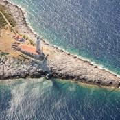phare-sur-l-ile-de-vis-croatie