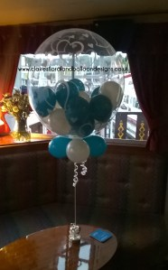 Teal and white gumball balloon