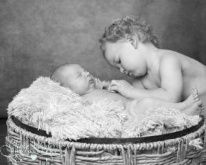 Newborn photo session, horsham, crawley,