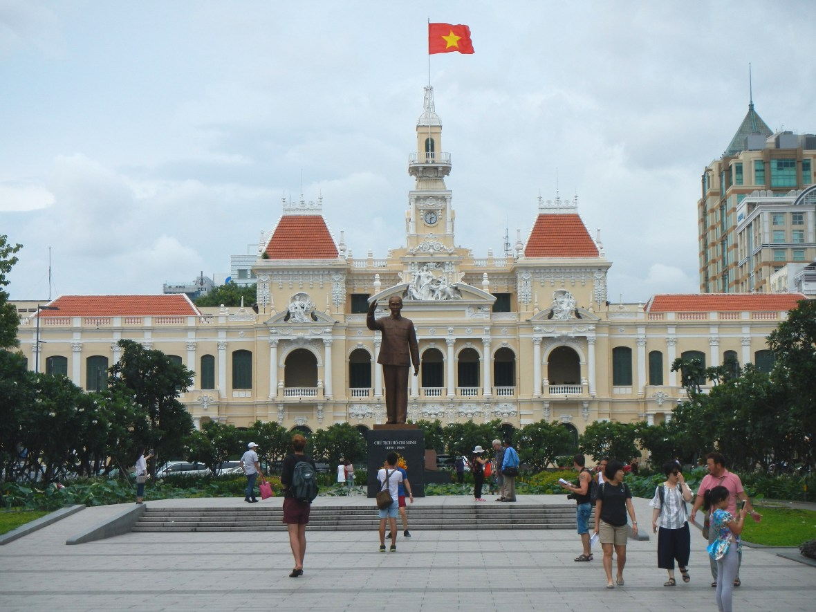 Ho Chi Minh Ville Cover Claironyva