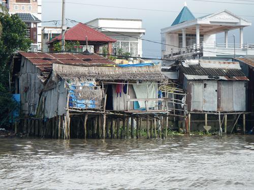 Claironyva-Vietnam-CanTho-maisons-pilotis (1)