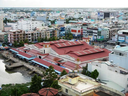 Claironyva-Vietnam-CanTho-vue-hotel-marché