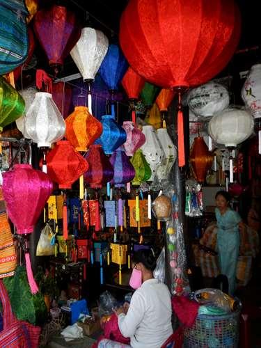 Boutique de lanternes à Hoi An