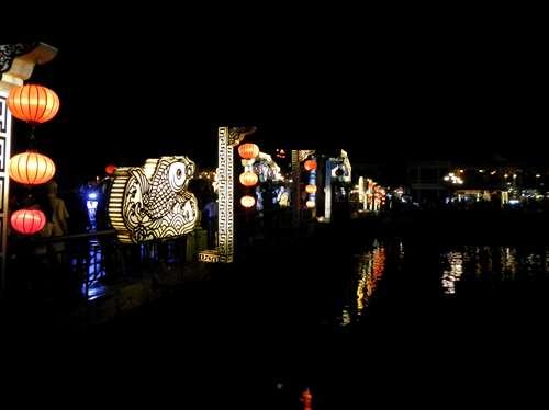 Vietnam Claironyva Le pont principal de Hoi An