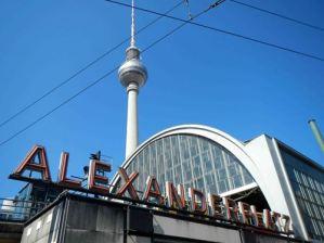 Berlin Alexander Platz claironyva