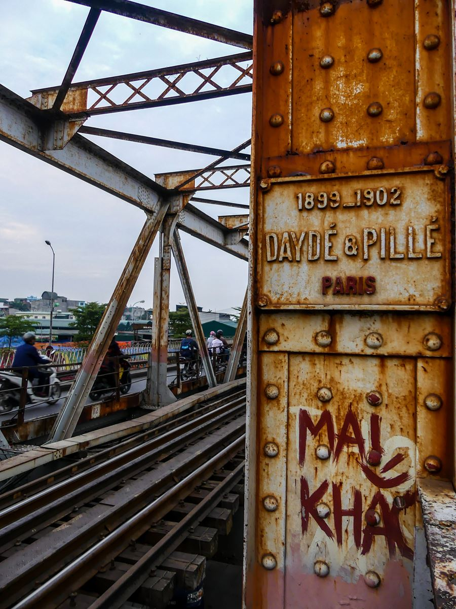 Vietnam Claironyva Hanoï Pont Eiffel
