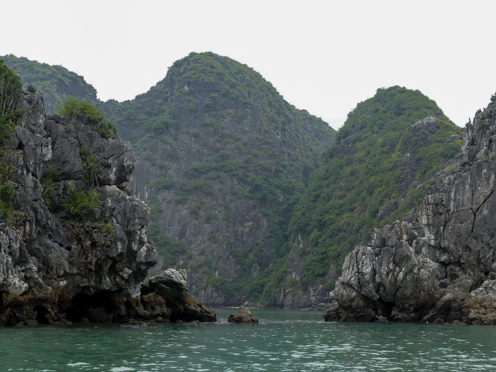 Claironyva Baie Lan Ha et Baie Ha Long Vietnam