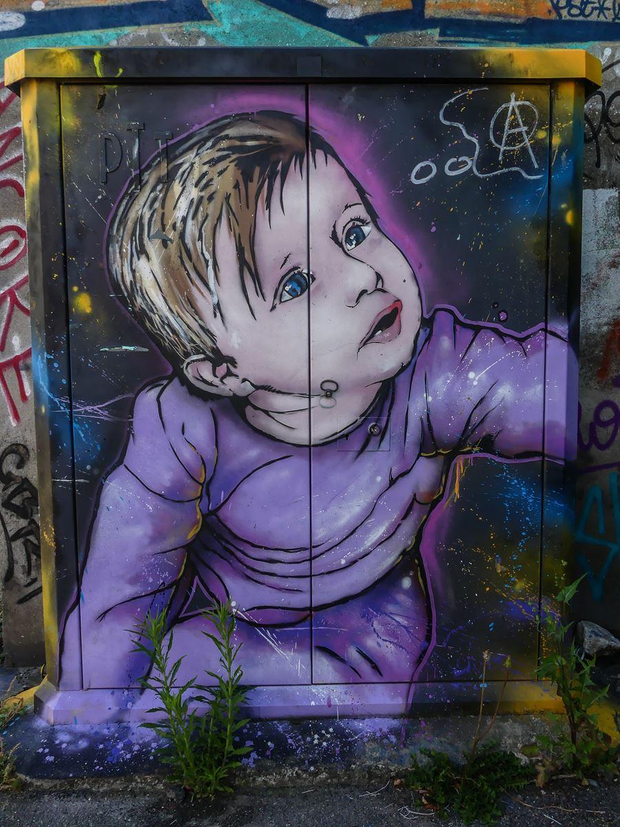 Claironyva Tours street art
