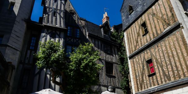 claironyva_tours-vieille ville colombage