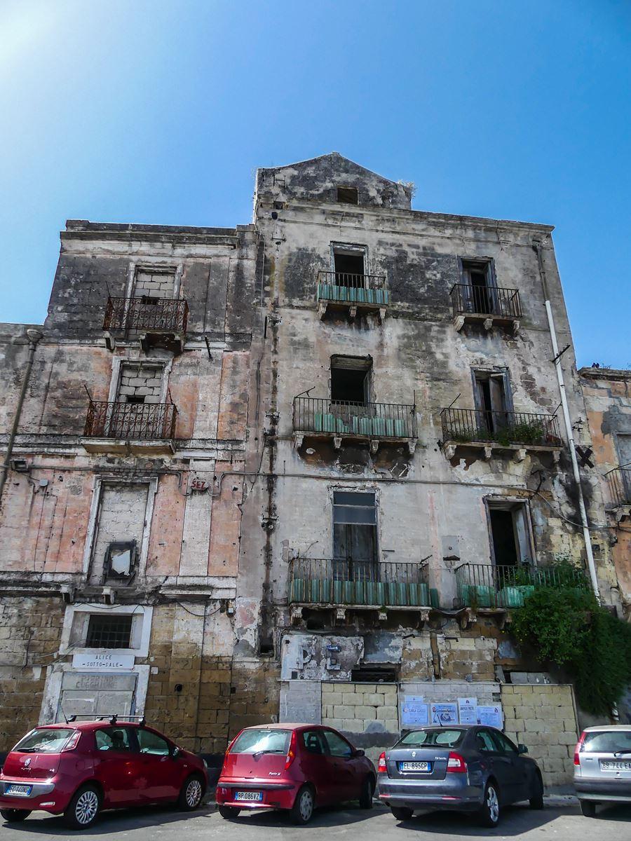 Claironyva Italie Pouilles Taranto