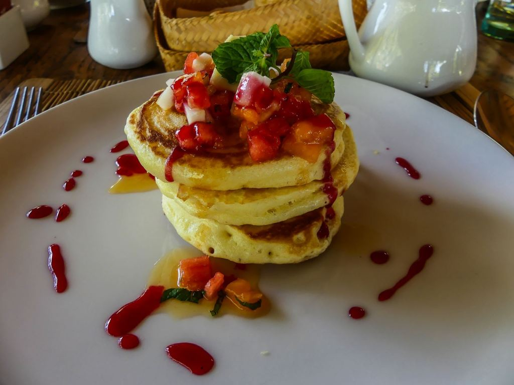 Ubud Bucu View Resort petit déjeuner pancakes