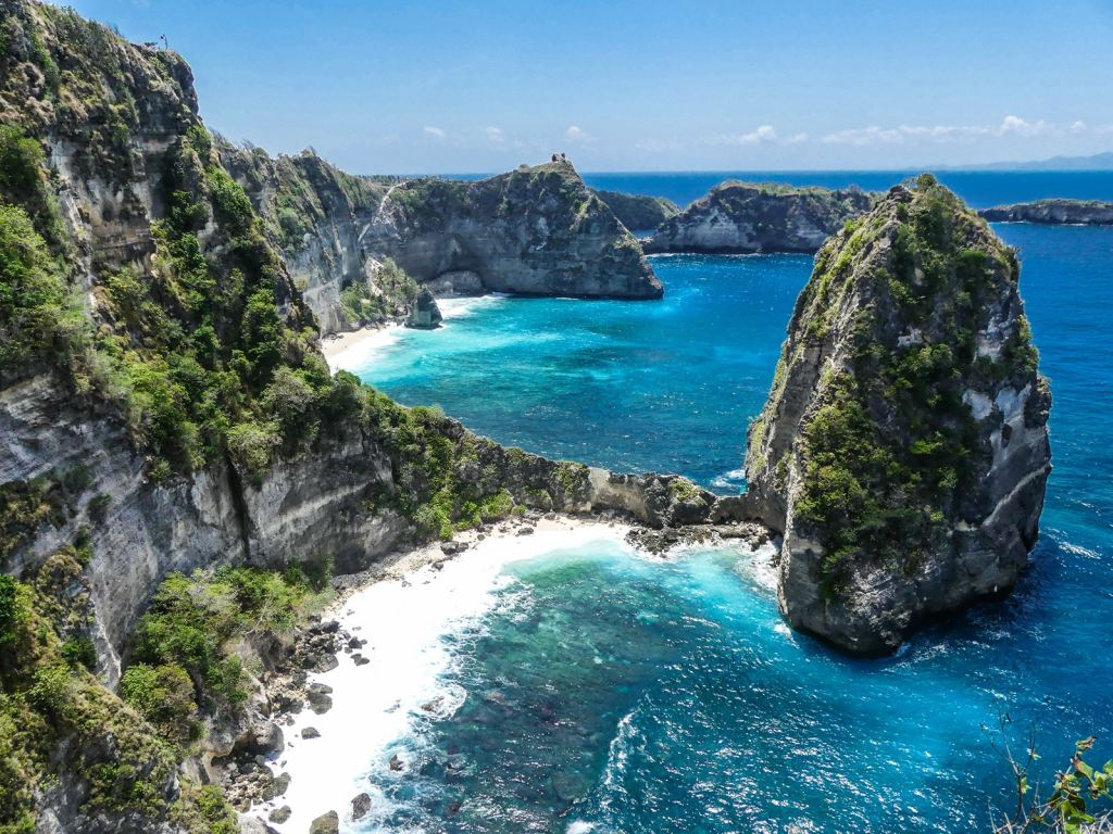 Nusa Penida Atuf Cliff