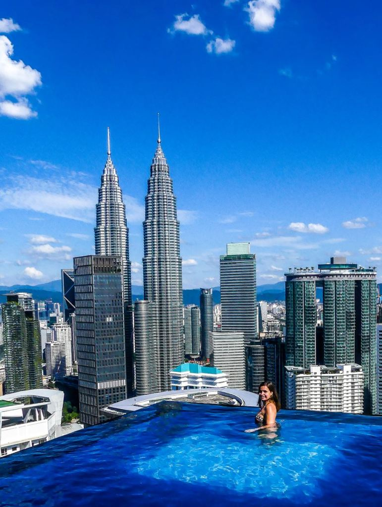 infinity pool - the face suites - platinum building