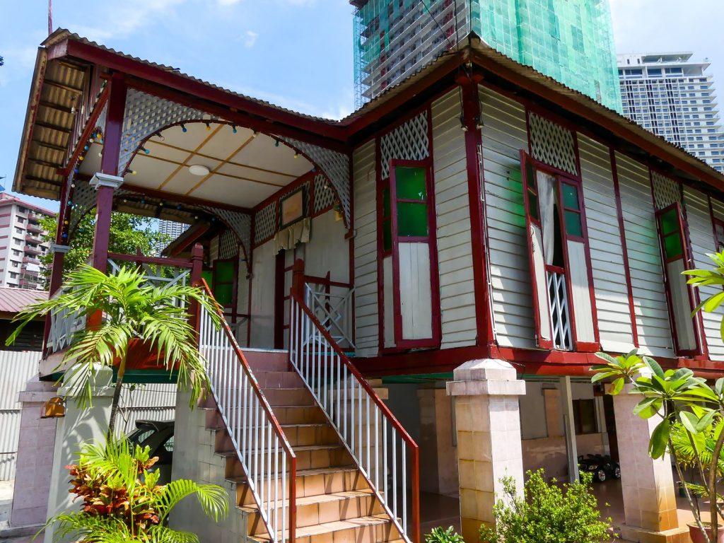 Kuala Lumpur : maisons en bois