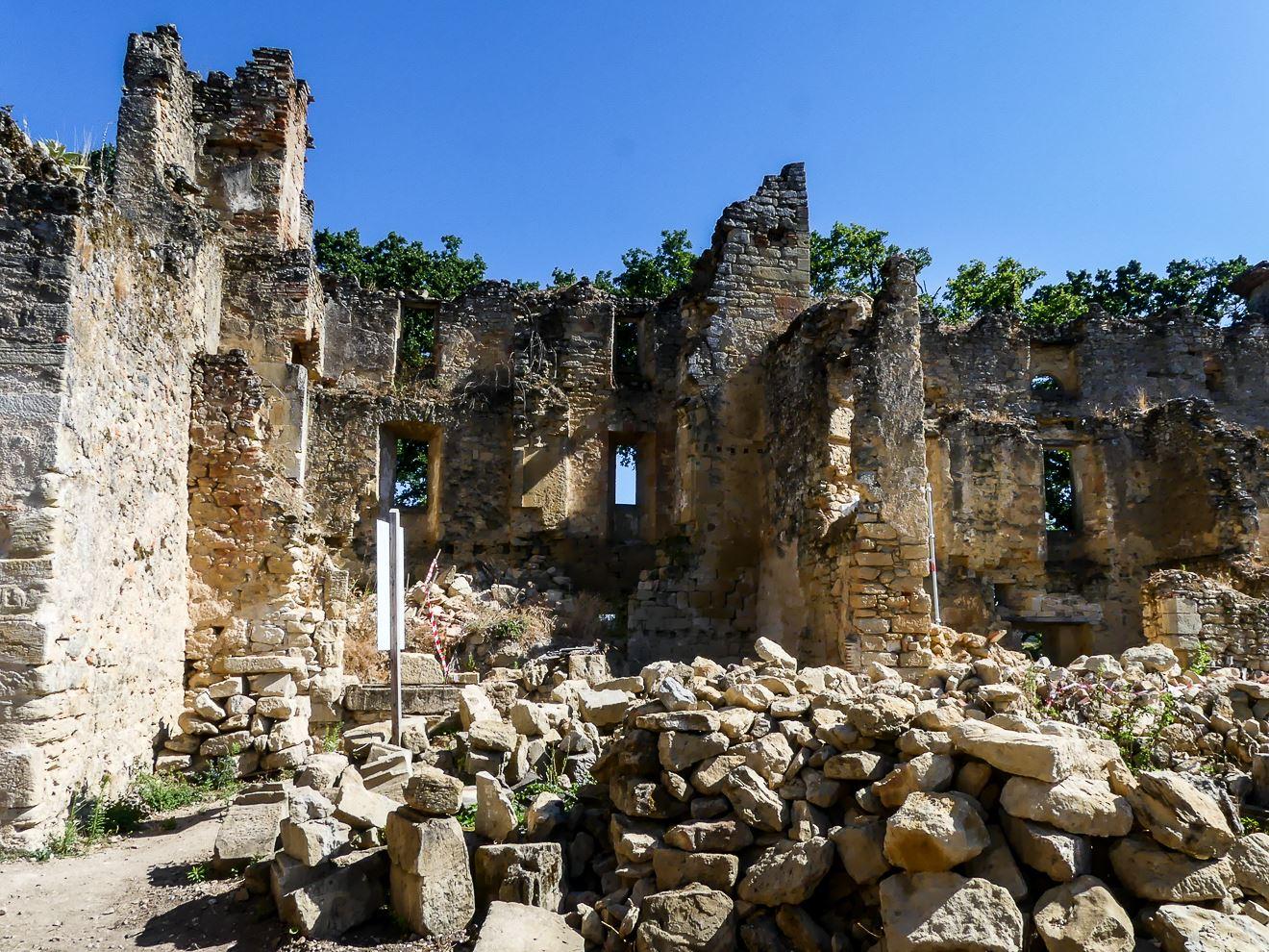 Intérieur château de Montfa