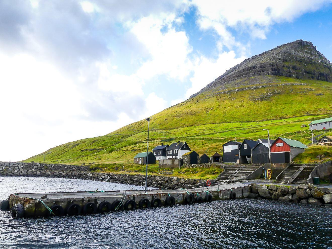 Arrivée à Kalsoy, une petite île des Feroe