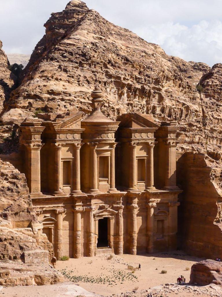 Petra le Monastère