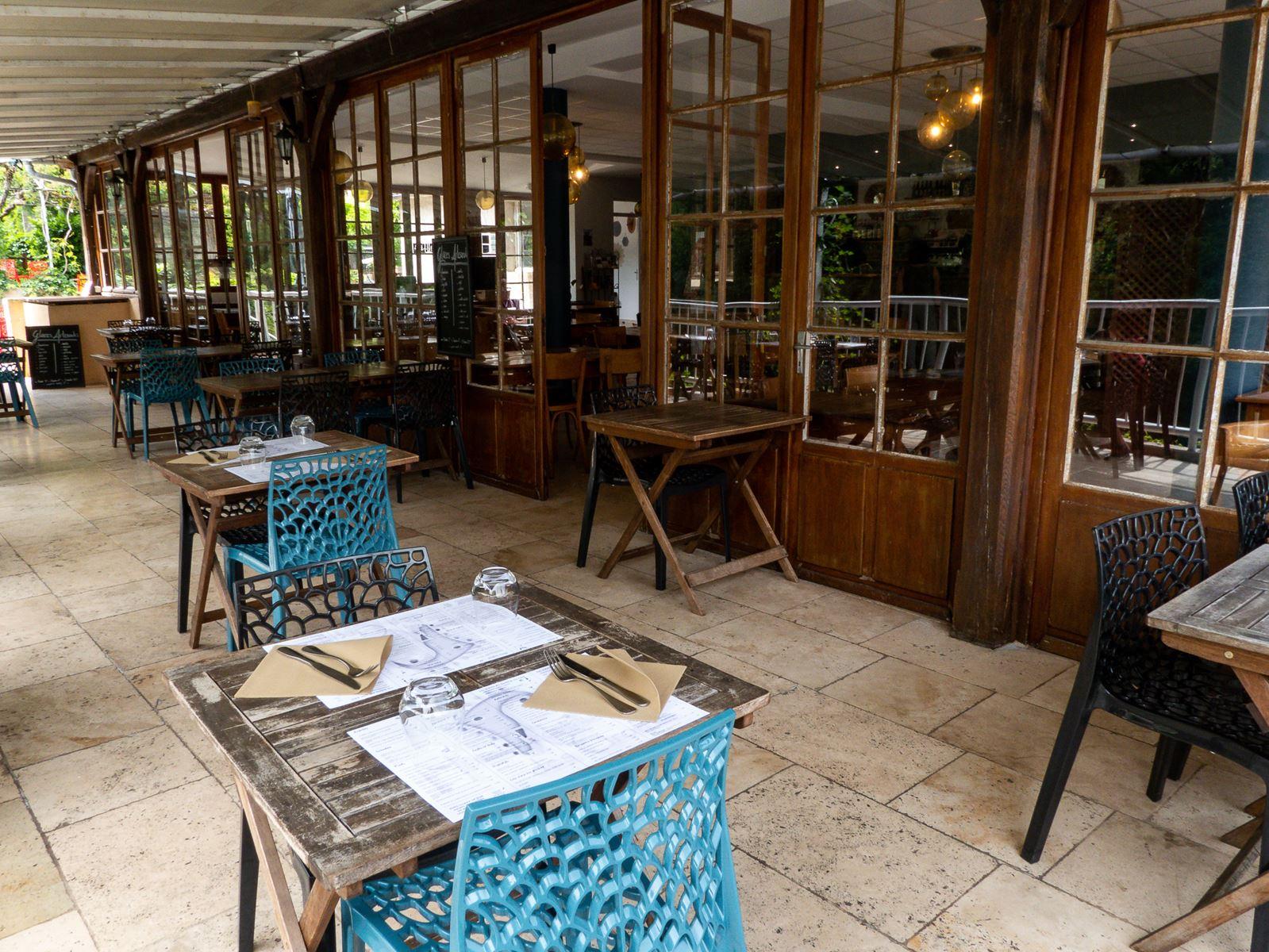Restaurant des Grottes à Cabrerets
