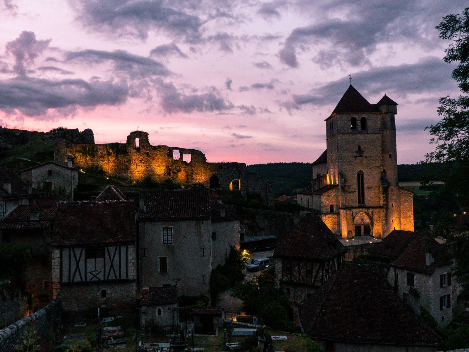 Saint Cirq Lapopie by night