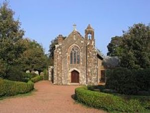 Middlebie_Church_-_geograph.org.uk_-_261548.jpg