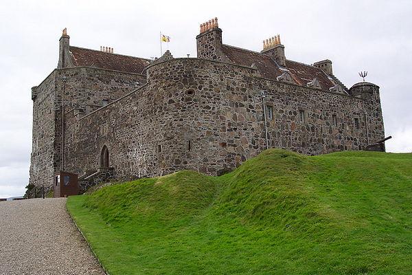 600px-Duart_Castle.jpg