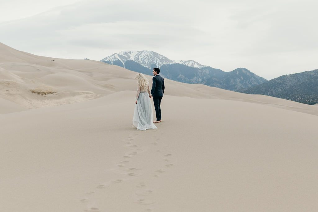 great-sand-dunes-colorado-elopement-clancey-1 (2)