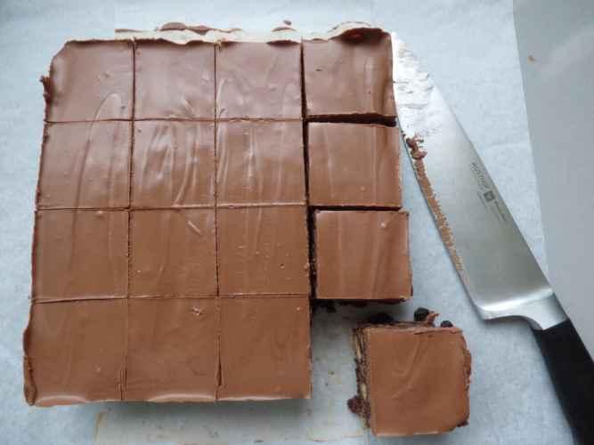 No bake Chocolate Tiffin