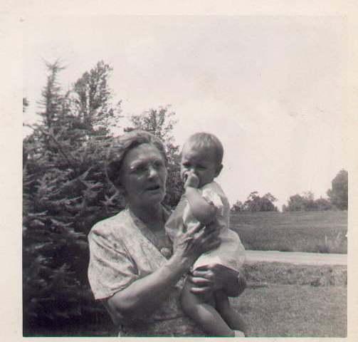 Hattie McKee Wilson and grandchild