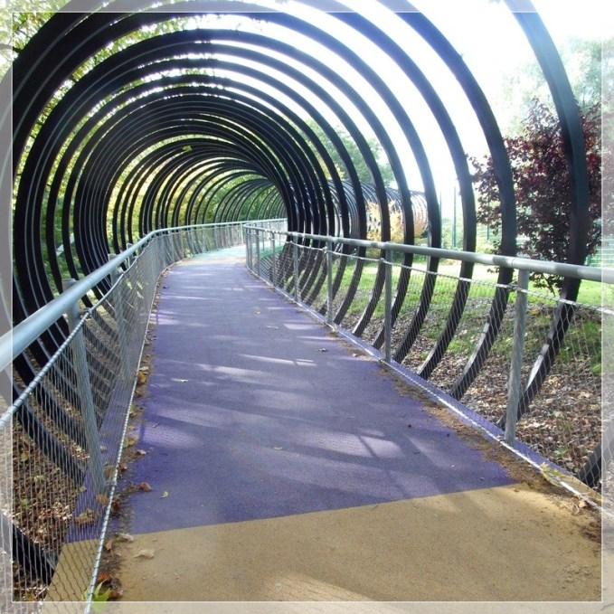 2610 Slinkybrücke 437