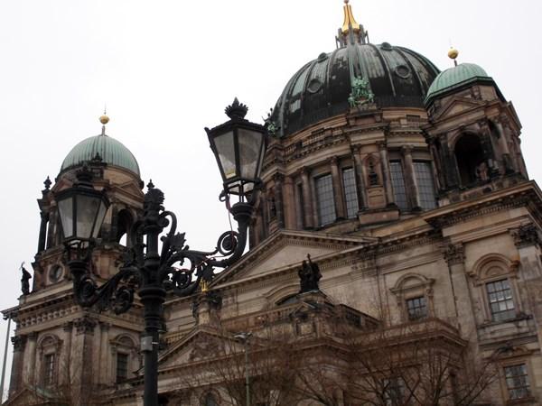 0805 Berliner Dom Kandelaber 53