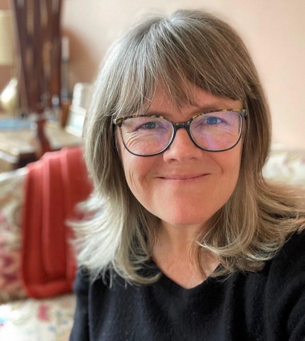 A smiling Clara