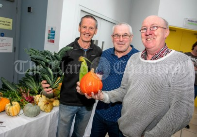 270919 L-R Dermot O'Loughlin, Michael Cullagh and Vincent White, Ennis Chamber CE Scheme at a Pop Up lunch in Glor on Friday .Pic Arthur Ellis.