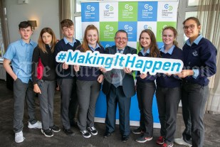 REPRO FREE 260919 Launching Local Enterprise Office Student Enterprise Programme 2019 was Finbar Tuohy, Local Enterprise Office Clare, with students from Mary Immaculate Lisdoonvarna during Student Enterprise Induction Day at The Armada Hotel in Spanish Point.Pic Arthur Ellis.