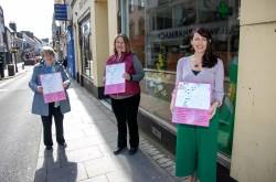 Maureen Kelly, Sue O'Brien and Joanne O'Brien -three members of The Way of the Heart Committee in Ennis on Tuesday. Photograph by Arthur Ellis.