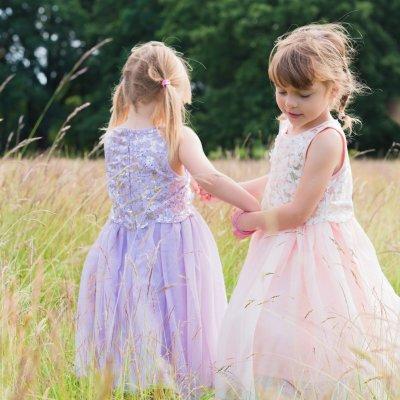 A Family Photo Shoot in Bushy Park | Teddington Family Photographer