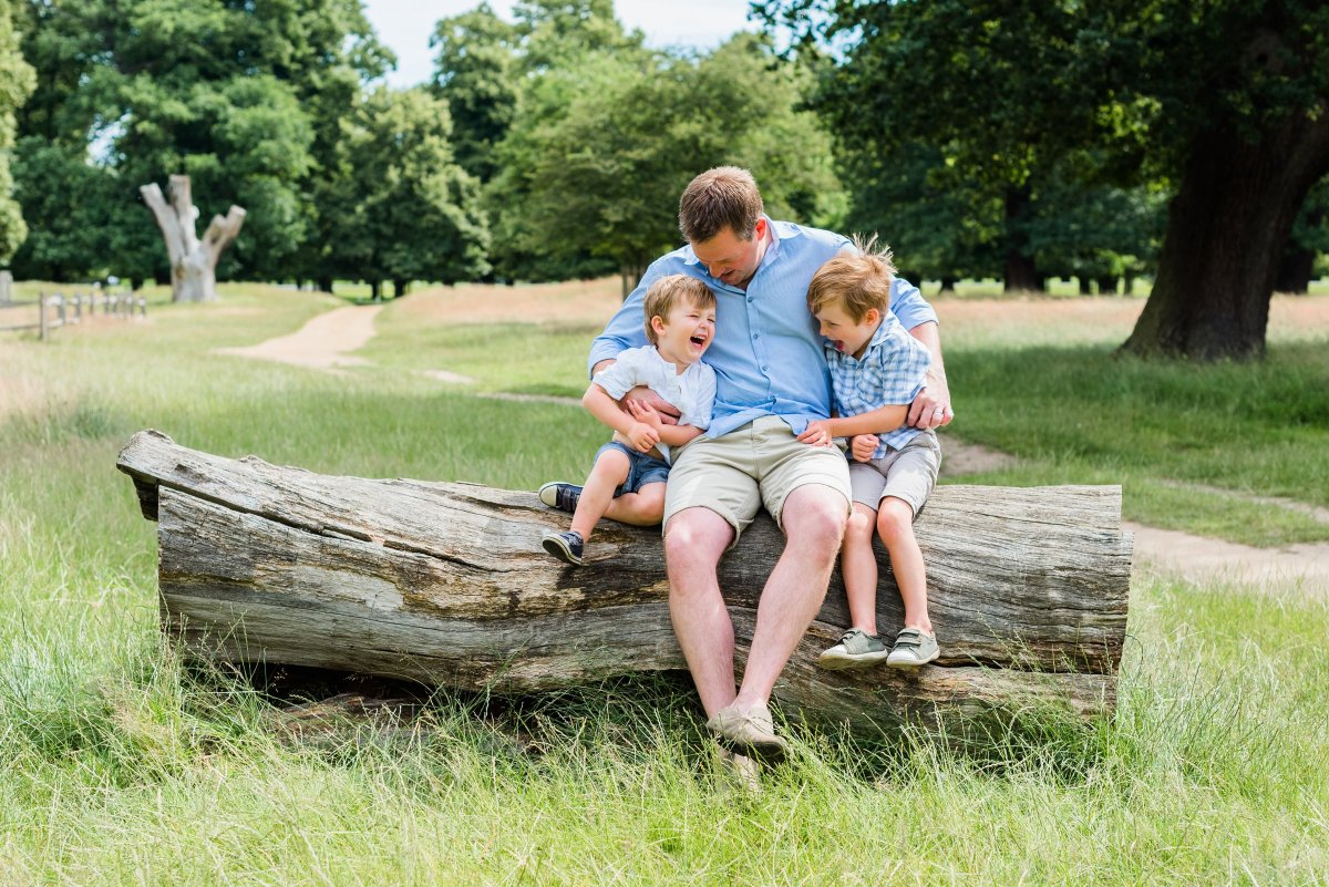 A family photo shoot outdoors in Richmond Upon Thames