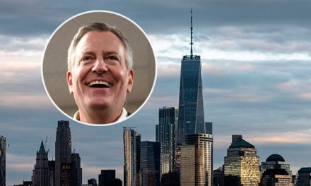 Bill de Blasio: 'We're Going to Ban Glass and Steel Skyscrapers' for Green New Deal
