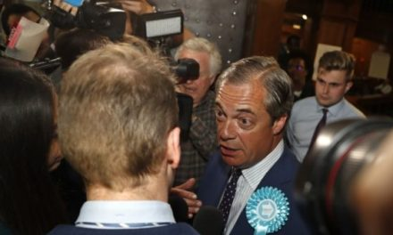 EU ELECTIONS: Results Point to Brexit Party Win, Le Pen Beats Macron