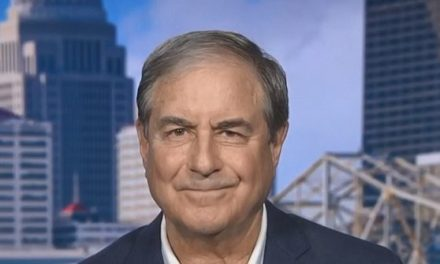 Yarmuth: 'We Owe it to the Constitution' to Begin Impeachment Process | Breitbart
