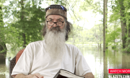 Phil Robertson: Bernie Sanders was embracing Marxism 30-years-ago when he was a hippie