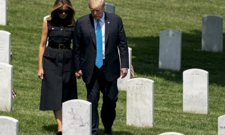 President Trump and first lady make surprise visit to Arlington Cemetery before Memorial Day