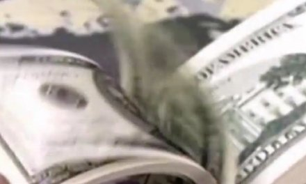 Black Detroit police officer says he was profiled, manhandled by white cop for carrying wad of cash
