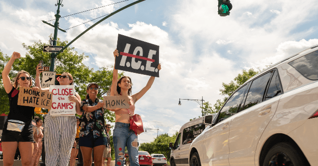 100 Anti-ICE Protestors Arrested for Blocking Manhattan Highway