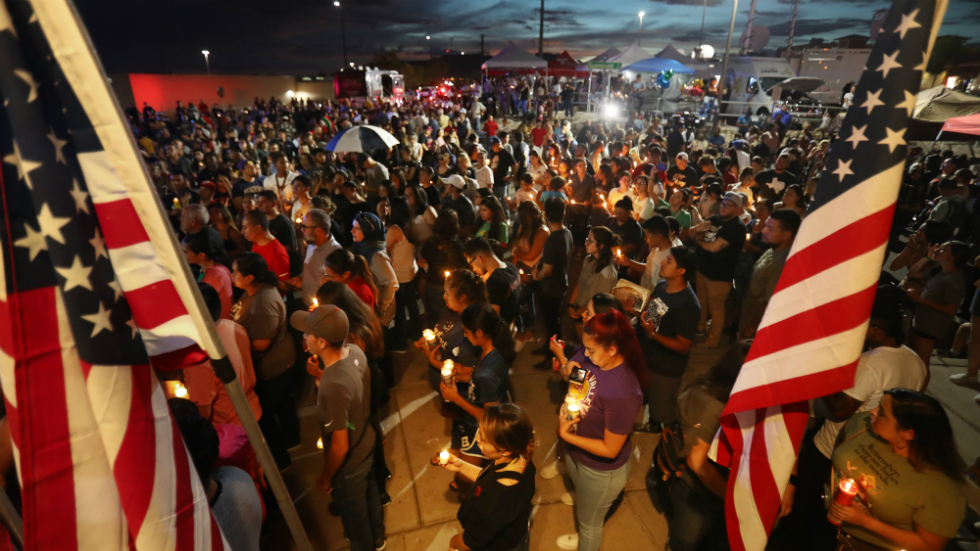 El Paso suspect told police he was targeting 'Mexicans,' confessed to attack: report