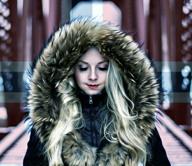 cold girl in Oslo