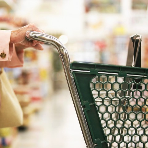 Average American budget won't be impacted much by rise in food pr