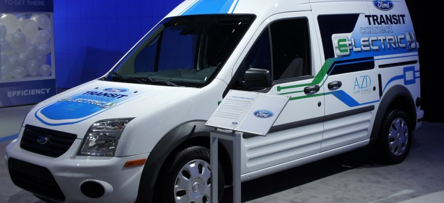 Ford, Nissan making moves to attract new electric car customers