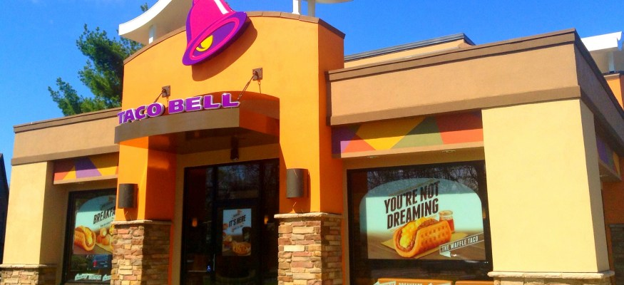 Dinner delivery: Taco Bell begins delivery service at 200 restaurants